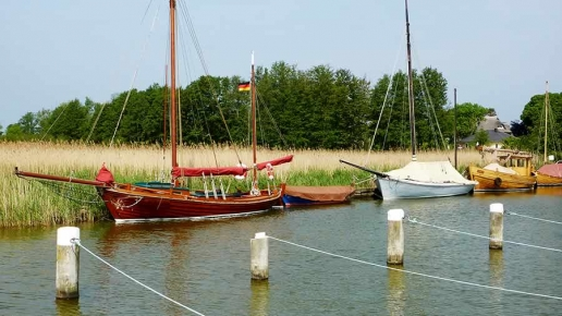 Zeesenboot in Wieck am Darß